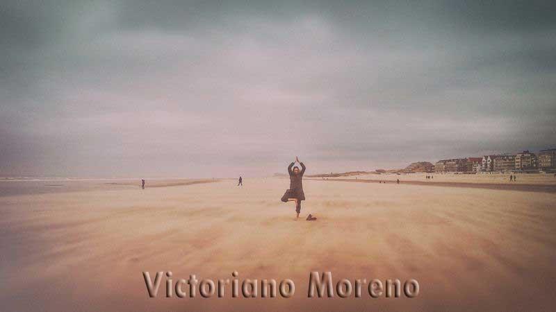 """""""Árbol"""" por Victoriano Moreno"""