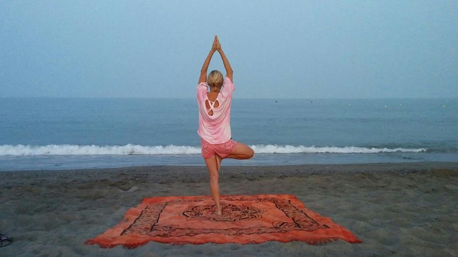 IAYoga, boletín de agosto: Yoga en el Muelle Uno, Formación…