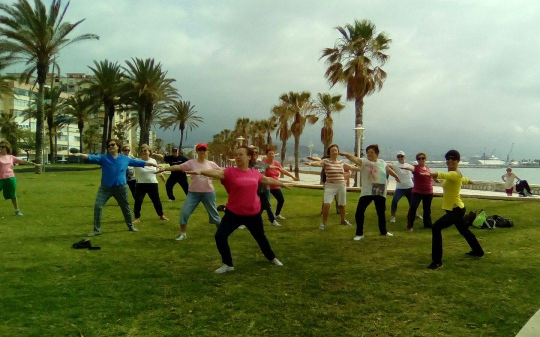 Yoga en la Semana del Mayor. 18 de mayo a las 11 de la mañana en el Auditorio Eduardo Ocón.